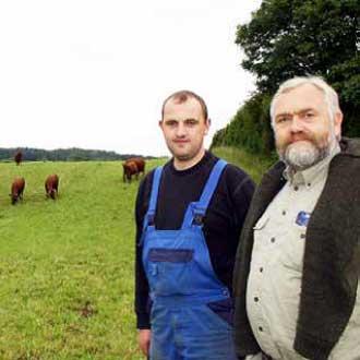 Økologisk mælkeproducent Stig Benzon Rendebjerggaard Tru-Test øremærker